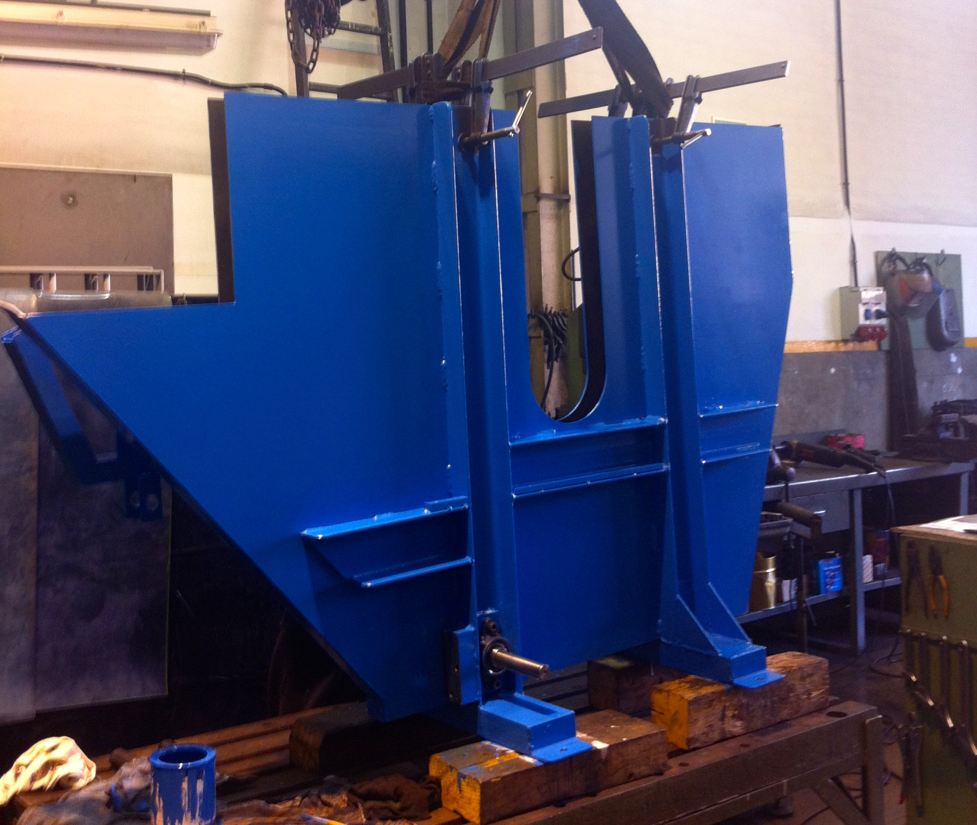 diseño y construcción de contenedor desbobinador jvalls